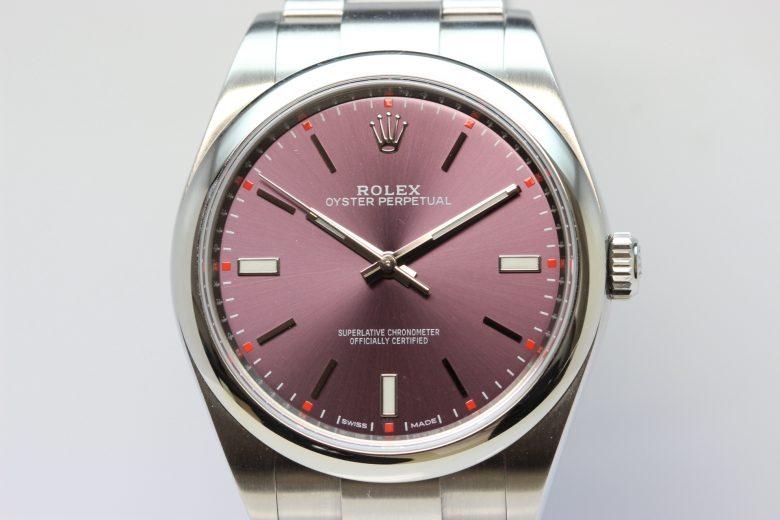 ロレックス 114300 正面 縦