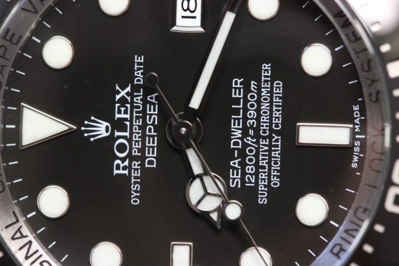 ロレックス 116660 文字盤アップ 横