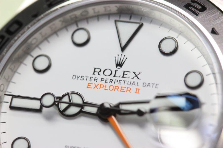 ロレックス216570 文字盤表記