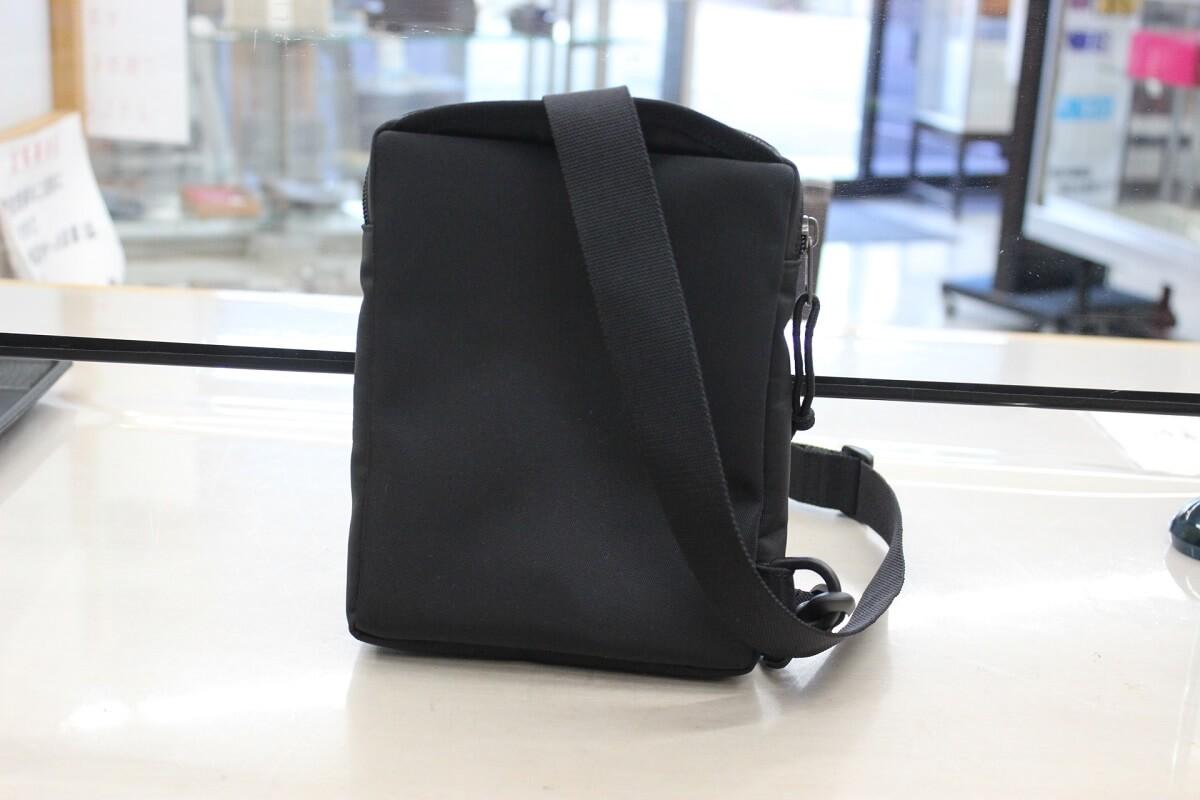 balenciaga-shoulderbag-back