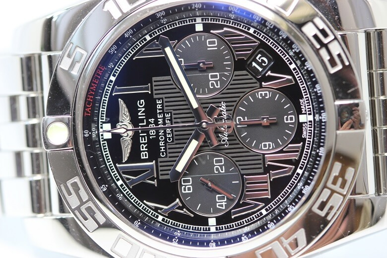 breitling-ab0110-dial