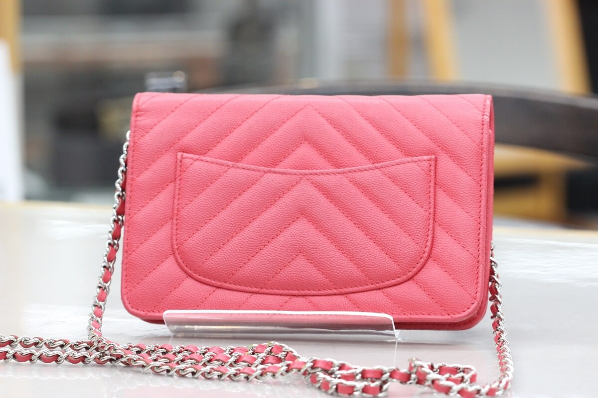 chanel-chainwallet-red-back