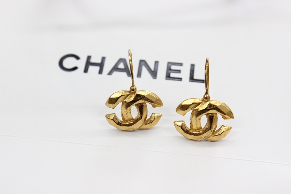 chanel-earring