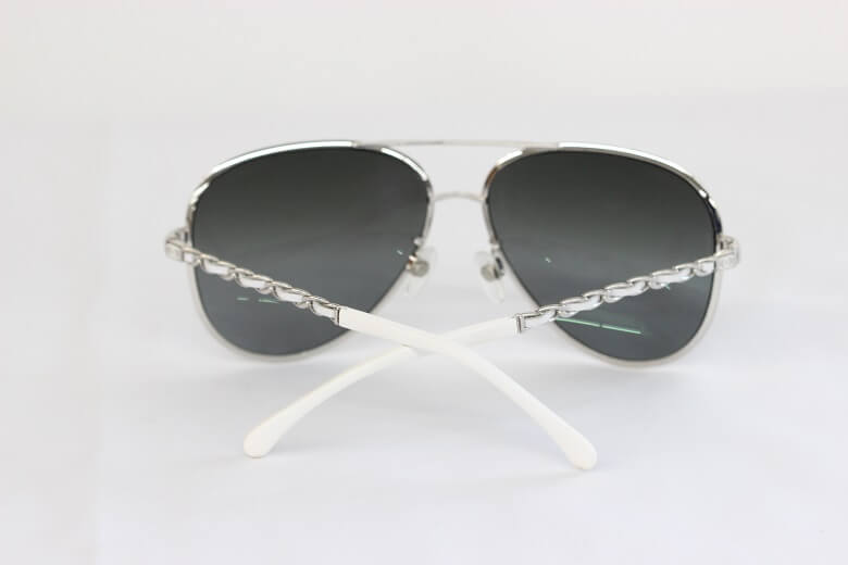 chanel-sunglasses-back