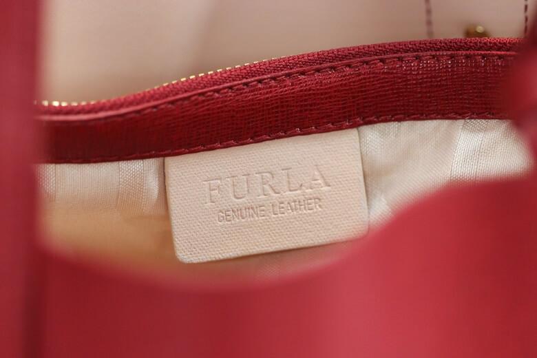 furla-handbag-tag