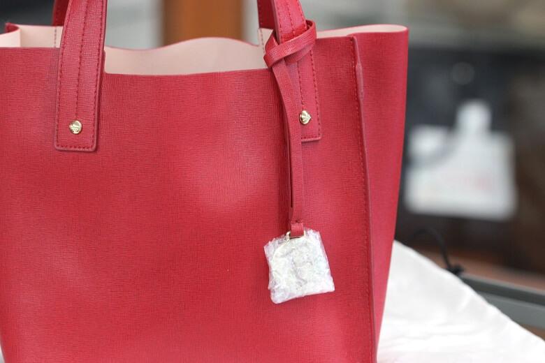 furla-handbag-up
